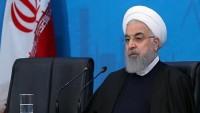 Ruhani: Amerika iktisadi savaşla milleti inkılaptan koparmak istiyor