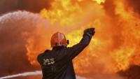 Hindistan'da bir fabrikada yangın çıktı: 2 ölü