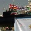 İran'ın en yeni yerli denizaltı maketi devrim yürüyüşünde sergilendi