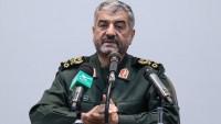 İran Devrim Muhafızları'ndan ABD'ye füzeli uyarı