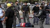 Siyonist rejim askerleri, üç Siyonisti geberten mücahidin köyünü bastı