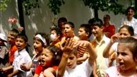 Keşmir'de okullar süresiz kapatıldı