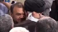 Video: Savaş gazisi Türk komutanla İmam Hamaney'in duygusal buluşması