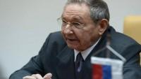 Castro: Suriye halkı kendi kaderini ülkedeki meşru hükümetle ortaklaşa olarak belirleme hakkına sahiptir