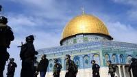 Siyonist İşgalci İsrail'in ihlallerine rağmen Aksa'da nöbet devam ediyor