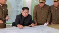 Kuzey Kore, ABD'nin Guam adasına 'füze fırlatma' kararını erteledi