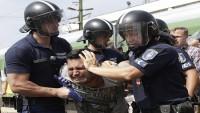 Macaristan'da Mültecilere Yönelik Zulüm Devam Ediyor