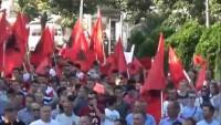 Makedonya'da Arnavutlar hükümeti protesto etti