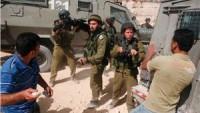Nablus'un Güneyinde Filistinli 5 Genç Siyonistlerin Kurşunlarıyla Yaralandı