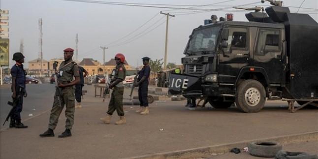 Nijerya'nın kuzeybatısında düzenlenen silahlı saldırıda 15 kişi hayatını kaybetti.
