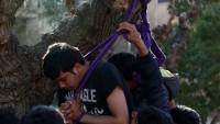 Atina'nın ortasında iki sığınmacı kendilerini astı