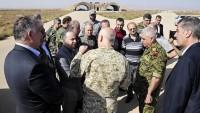 Suriye başbakanı Eş'Şairat hava üssünü ziyaret etti