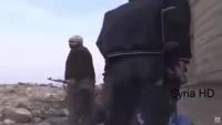 Video: Havan Topunun Tekfirci Teröristlerin Üzerine Düşme Anı