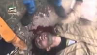 Video: Suriye'nin Dera Kırsalında Keskin Nişancıdan Teröriste Tam İsabet…