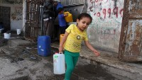 'Gazze'de çocuklar abluka yüzünden zehirleniyor'