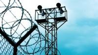 Siyonist İsrail, Filistinli tutukluların bulunduğu cezaevini bastı