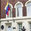 Venezuela ABD'deki bütün diplomatik personelini geri çekti