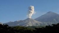 Guatemala'daki Santiaguito yanardağı dün yeniden faaliyete geçti