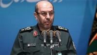 İran savunma sanayiinin beş yeni ürünü görücüye çıktı