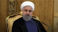 Ruhani: İstanbul zirvesinin vahdeti güçlendirmesini umuyoruz
