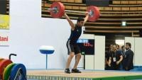 İranlı genç halterci Asya'nın en güçlü adamı oldu