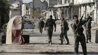 Halep'te teröristler 7 kilometrelik alana sıkıştı