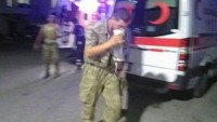 Video: ASKERİMİZE YAPILAN BU HAİN ŞEREFSİZ MUAMELEYİ PAYLAŞALIM!