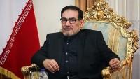 Şemhani: ABD'nin Fars Körfezi'ndeki varlığı yasalara aykırıdır