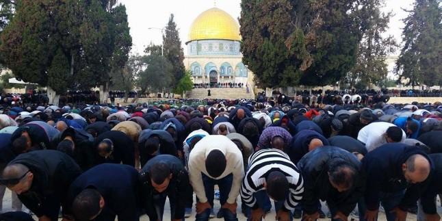 Mescid-i Aksa Filistinlilerin Akınına Uğradı