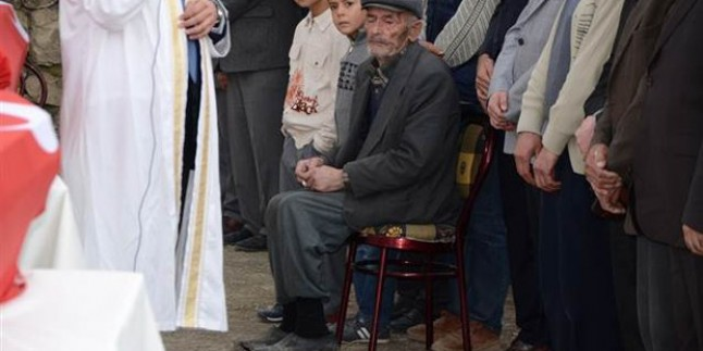 Beşir Atalay: Türkiye Artık Eski Yoksulluğu Yaşamıyor(!)