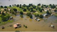 Mozambik'i Sel Vurdu: 5 Ölü…