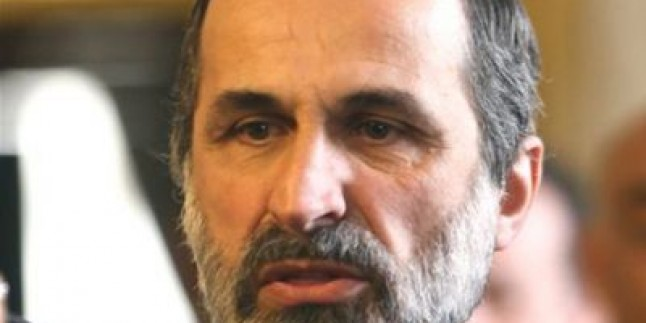 Muaz el-Hatib: Muhaliflerin Faaliyetleri 13 İstihbarat Örgütünün Gözetimi Altındaydı…