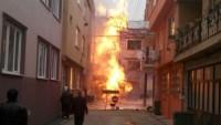 Bursa'da İş Makinesinin Doğalgaz Borusuna Zarar Vermesiyle Yangın Çıktı…