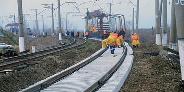 İran-Türkmenistan-Kazakistan İşbirliğiyle İnşa Edilen Demiryolu Hizmete Girdi…