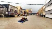 Malezya'daki selde bilanço artıyor