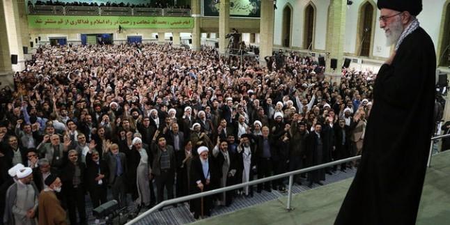 Foto – İmam Ali Hamaney, Kum halkını kabul etti