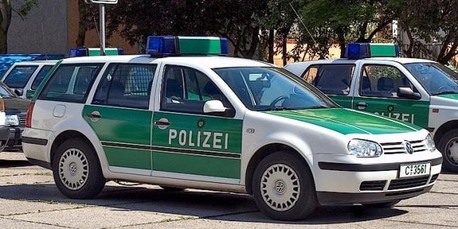 Almanya'da 3 Türk casusluk suçundan yakalandı