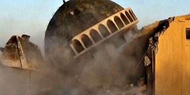 IŞİD, Irak'ta tarihi camiyi yıktı