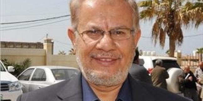 Atıf Advan Gazze'nin Yeniden İmarı İçin Bağışlanan Paraların Abbas Yönetimi Tarafından Çalınabileceği Uyarısında Bulundu…