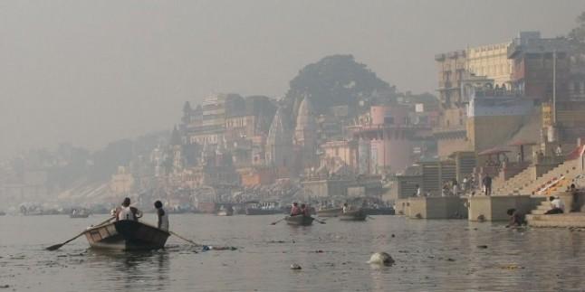 Ganj Nehri'nde 100 Ceset Bulundu…
