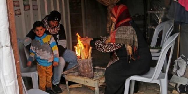 Dondurucu Soğuklar Gazze'de Can Almaya Devam Ediyor…
