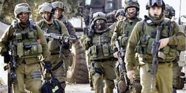 İşgal Güçleri Sanur Beldesinde Hamas Liderini ve Oğullarını Sorguya Çekti