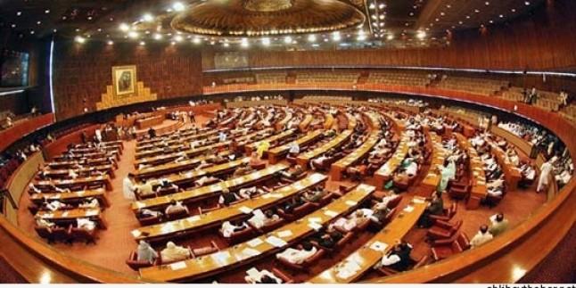 Pakistan Parlamentosu Askeri Mahkemelerin Kurulmasını Onayladı…