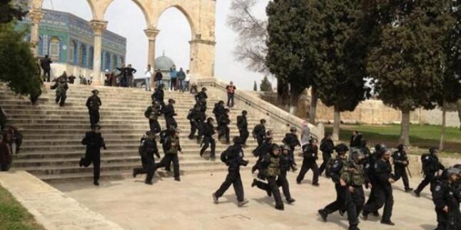 Filistin Evkaf Bakanlığı: 2014 Kutsal Mekanlara Saldırıların Yoğunlaştığı Bir Yıl Oldu…