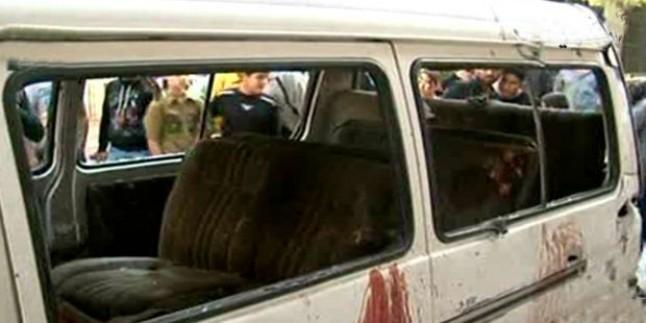 IŞİD Teröristleri Öğrenci Minibüsünü Taradı