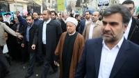 Foto: Ayetullah Rafsancani, Devrim Yürüyüşüne Katıldı…