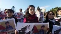 Gazzeli Çocuklar En Küçük Filistinli Esire Destek Amacıyla Gösteri Düzenledi…