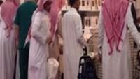 Suud'da Vahabiler IŞİD Karşıtı Yazara Meydan Dayağı Attı…