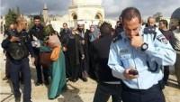 Siyonist İşgal Güçleri Mescid-i Aksa'da Filistinli 3 Genç Kızı ve 1 Kadını Gözaltına Aldı.