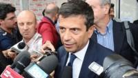 İtalya'da ailesi rüşvete bulaşan bakan istifa etti.